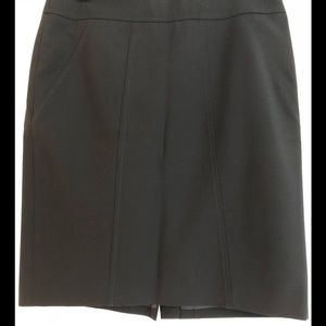 Banana Republic Black Pencil Skirt Size 4 NWOT